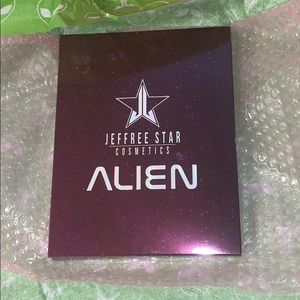 discontinued ALIEN PALETTE BNIB